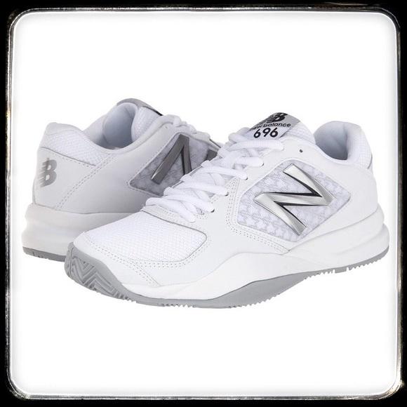 official photos 63d83 63591 New Balance 696v2 Women s Tennis Shoe Size 8.5B